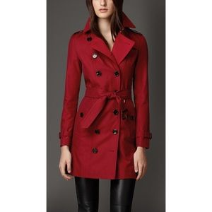 Jackets & Coats - 🌸SPRING SALE🌸red vintage trench coat